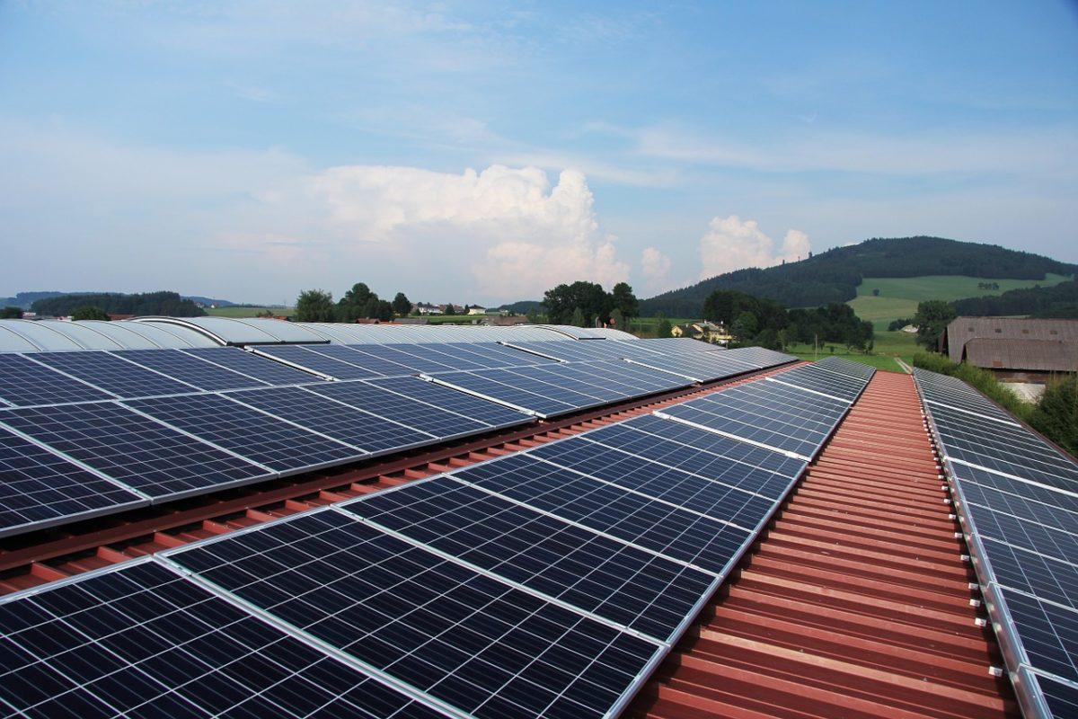 Solarenergie Vorteile Gewerbe: Bei Photovoltaikanlage Gewerbe anmelden oder nicht?